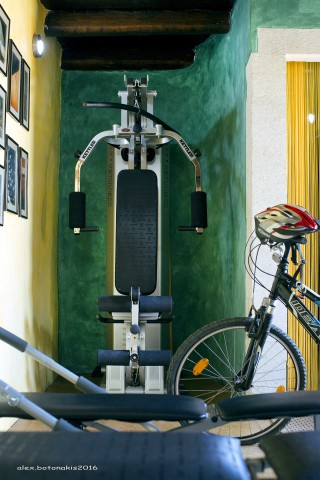 facilities-samonas-bicycle-fitness-gym
