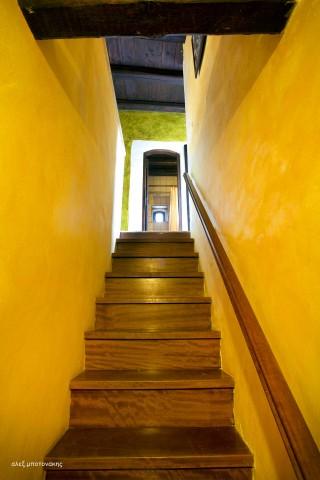 faskomilia-maisonette-stair